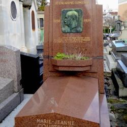Tombe de Georges Courteline – Cimetière du Père-Lachaise – Paris (75020)