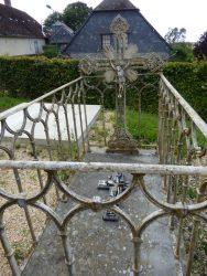 Fonte funéraire – cimetière – Dagny-Lambercy