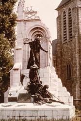 Monument aux morts de 14-18, ou L'Hommage aux Portugais – La Couture