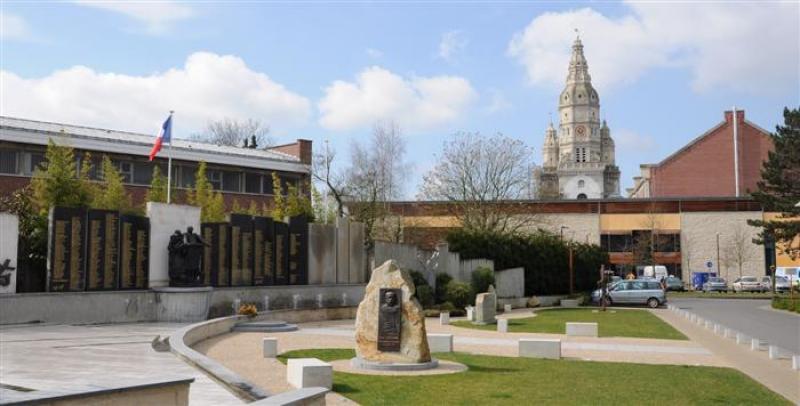 Monument aux morts de 14 18 saint amand les eaux - Office du tourisme saint amand les eaux ...
