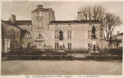 Monument aux morts de 14-18, ou La Résistance – Saint-Hilaire-des-Loges