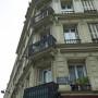 Balcons et porte - Rue de la Goutte-d'Or - Paris (75018) - Image1