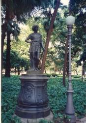 L'Eté sur piédestal – Passeio Público – Estatua O Verão com pedestal – Rio de Janeiro