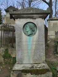 Médaillon de Rose Legendre – Cimetière du Père-Lachaise – Paris (75020)