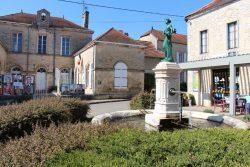 Fontaine – Rouvres-sur-Aube