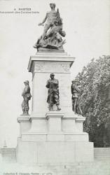 Monument aux morts de 1870, ou Monument aux enfants de Loire-Inférieure, ou Monument aux combattants, dit aussi Pour le drapeau – Nantes