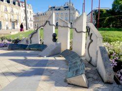 Monument à la mémoire des victimes de la guerre d'Algérie et des combats en Tunisie et au Maroc – Le Mans