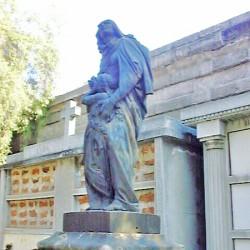 Sainte Anne, Éducation de la Vierge – Cementerio general – Santiago de Chile