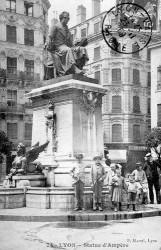 Monument à Ampère – Lyon