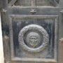 Portes de chapelles sépulcrales - Division 17 - Cimetière du Père Lachaise - Paris (75020) - Image16