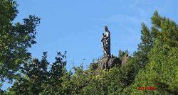 Statue monumentale de la Vierge – Alzon