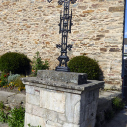 Croix de carrefour – Naucelle