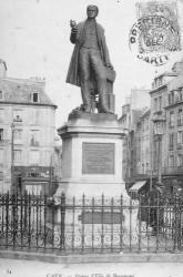 Monument à Elie de Beaumont (fondu) – Caen