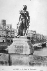 Monument au général Beaurepaire – Angers (remplacé)