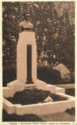 Monument au mécanicien-aviateur Brazy – Calais (sauvé)