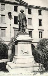 Monument à Claude Bourgelat – Lyon (fondu et remplacé)