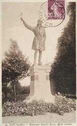 Monument à l'aviateur Boyau – Dax