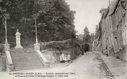 Monument à Anne de Bretagne (fondu) – Montfort-l'Amaury