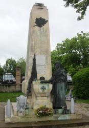 Monument aux morts – Castelnau-Montratier