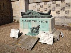 Soldat gisant – Monument aux morts – Fontaine-la-Soret