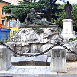Monument aux morts – Les Vans