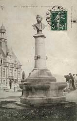 Monument à Jules Cayrade – Decazeville