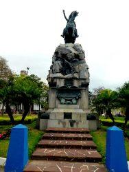 Statue équestre du général San Martin – Plaza 25 de Mayo – Corrientes