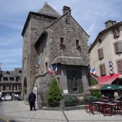 Monument aux morts – Mur-de-Barrez