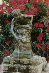 Fontaine Enfant au masque – Saint-Etienne