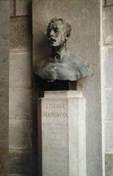 Monument à Etienne Clémentel – Riom