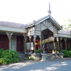 Candélabres (2) – Casa de la Cultura – San Bernardo – Santiago de Chile