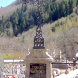 Croix de cimetière – Laveissière
