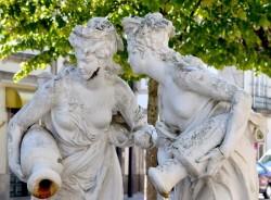 Nymphes à la fontaine – Jardim da Av. Visconde Guedes Teixeira – Lamego