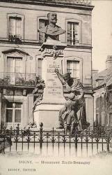 Monument à Emile Demagny – Isigny-sur-mer