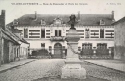 Monument à Demoustier – Villers-Cotterêts