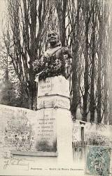Monument à Maria Deraismes – Pontoise (fondu)
