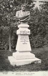 Monument au docteur Ecorchard – Jardin des Plantes – Nantes (fondu et remplacé)