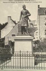 Monument au comte de Falloux – Le Bourg-d'Iré