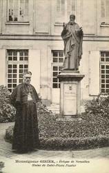 Monument à saint Pierre Fourier – Versailles