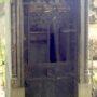Portes de chapelles sépulcrales (2)  - Division 70 - Cimetière du Père Lachaise - Paris (75020) - Image1