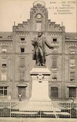 Monument à Jean-Baptiste Godin, fondateur de l'association du Familistère – Guise (détruit) (remplacé)