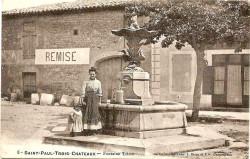 Fontaine du Triton – Saint-Paul-les-Trois-Châteaux