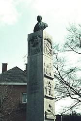 Monument à Paul Hayez – Douai