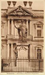 Monument à monseigneur d'Inguimbert – Carpentras