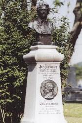 Monument à Venceslas et Victor Jacquemont – Hesdin (fondu)