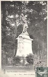 Monument au chanteur Jéliotte – Pau