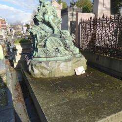 Tombe de la famille Fournié d'Alignan  – Cimetière du Père Lachaise – Paris (75020)