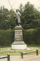 Monument au maréchal Joffre – Chantilly