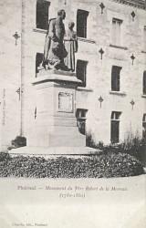 Monument à Jean-Marie de Lamennais – Ploërmel