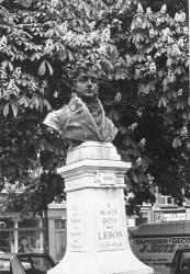 Monument à Blazy Bou, dit Lebon – Rodez (fondu)